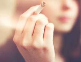efeitos do cigarro na mulher