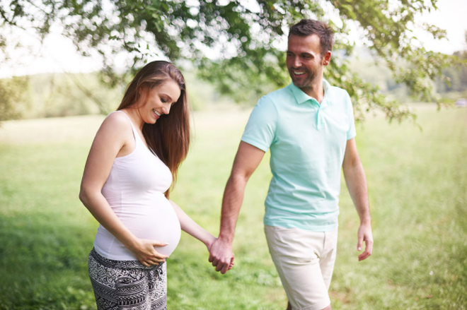 casal mulher gravida